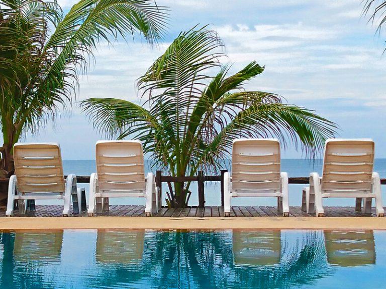Chaolao Cabana Resort : Beach Front>