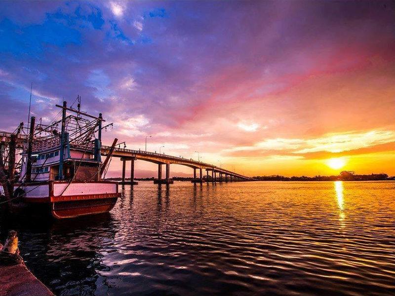 Chaolao Cabana Resort Taksin the Great Bridge(Laemsing)