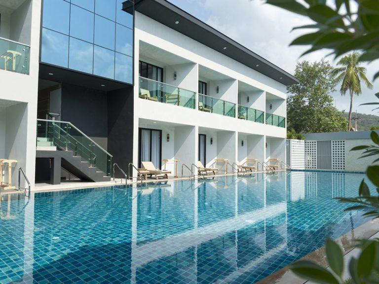 Chaolao Cabana Resort : New building outside